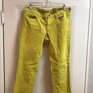 J crew ladies Corduroy pants. Great condition.